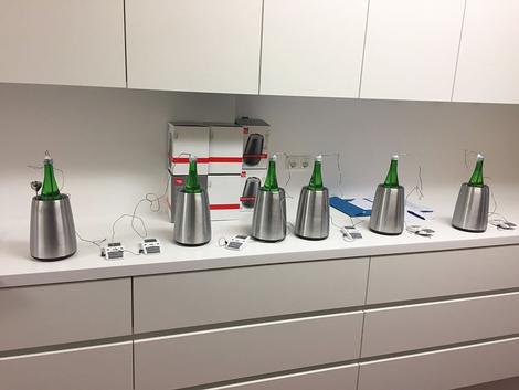 Kühlversuch von Edelstahlkühlern mit Kühlmanschette im Inneren
